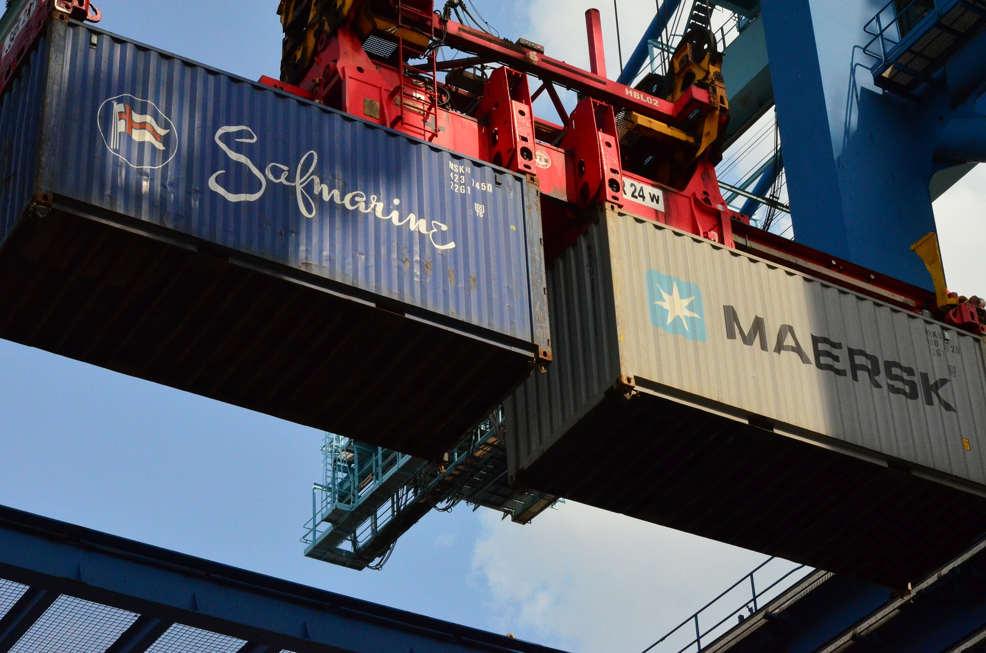 container-418132_1920